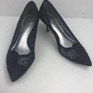 Adrianna Papell Lois Navy Martinique Lace Size 5.5